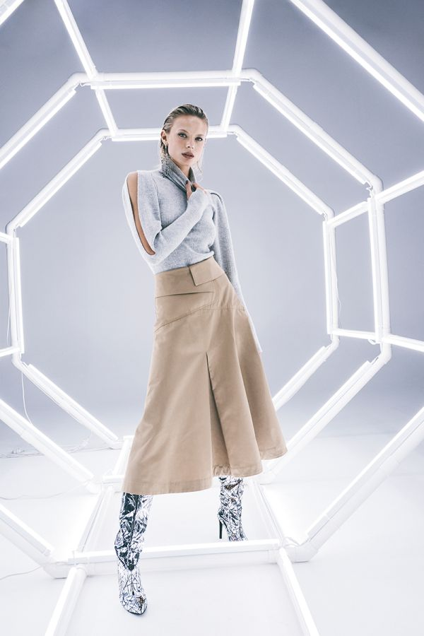 SHOP THE LOOK - CLOSE TO PARADISE SKIRT